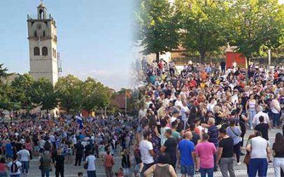 Συγκέντρωση κατά των υποχρεωτικών εμβολιασμών στην κεντρική πλατεία Κοζάνης