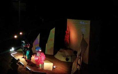 """""""Το Όνειρο του σκιάχτρου"""" του Ευγένιου Τριβιζά στο Υπαίθριο Δημοτικό Θέατρο Κοζάνης"""