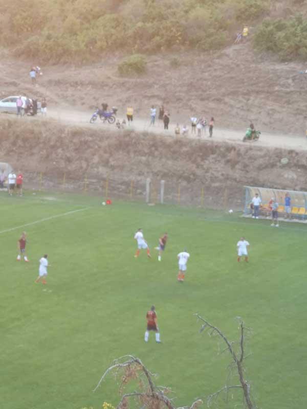 Ποδοσφαιρικός αγώνας στο Λιβαδερό, στη μνήμη του Θανάση Παπαχαρισίου (Κάσιου)