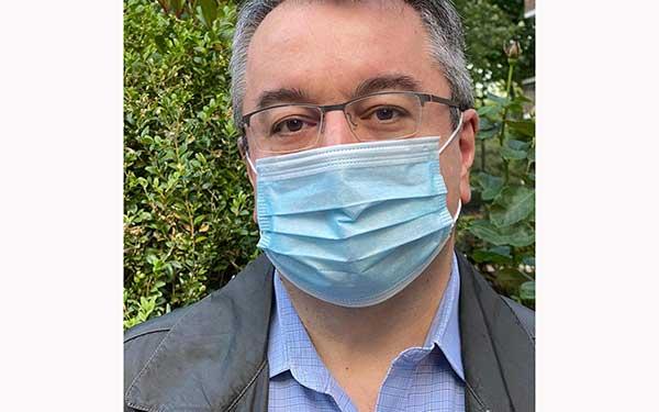 """Ηλίας Μόσιαλος: """"Οι αντιεμβολιαστές δεν είναι θύματα"""""""