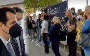 """""""Παραιτήσου"""" φώναξαν οι υγειονομικοί στον υπουργό – Θάνος Πλεύρης: Τους σεβόμαστε, δεν απολύονται, όσο πιο γρήγορα τελειώσει ο ιός θα επιστρέψουν"""