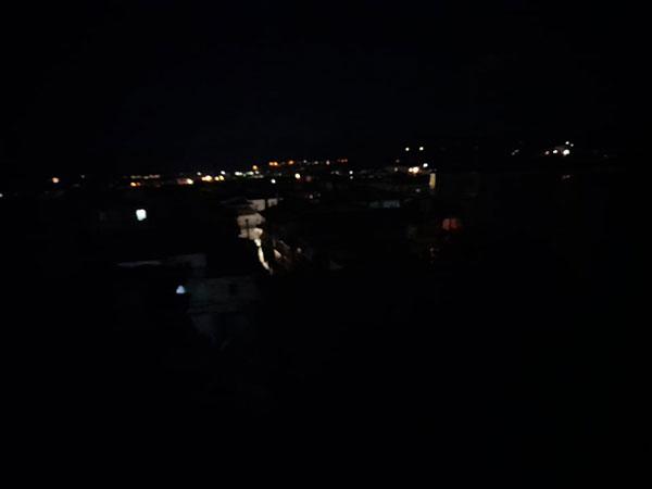 Στο σκοτάδι η Κοζάνη – Δεν άναψαν τα φώτα οδών και πλατειών