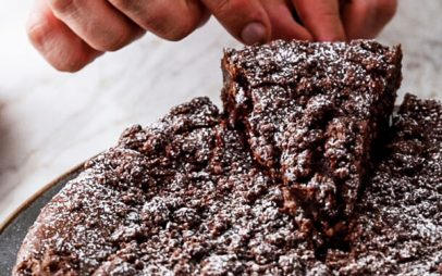 Brownies με αλμυρά φυστίκια peanuts – Το πιο ζουμερό και αμαρτωλά σοκολατένιο μπράουνις