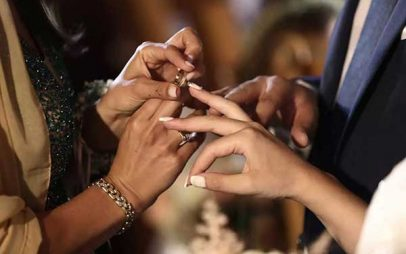 Νάουσα – Κορονοϊός: «Το ζευγάρι είχε πυρετό τη μέρα του γάμου» – Αποκαλύψεις από τους κατοίκους στην Επισκοπή