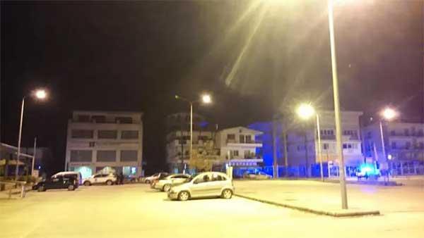 Καστοριά: Έκρηξη τα ξημερώματα σε κολόνα της ΔΕΗ, στο πάρκινγκ του εμπορικού